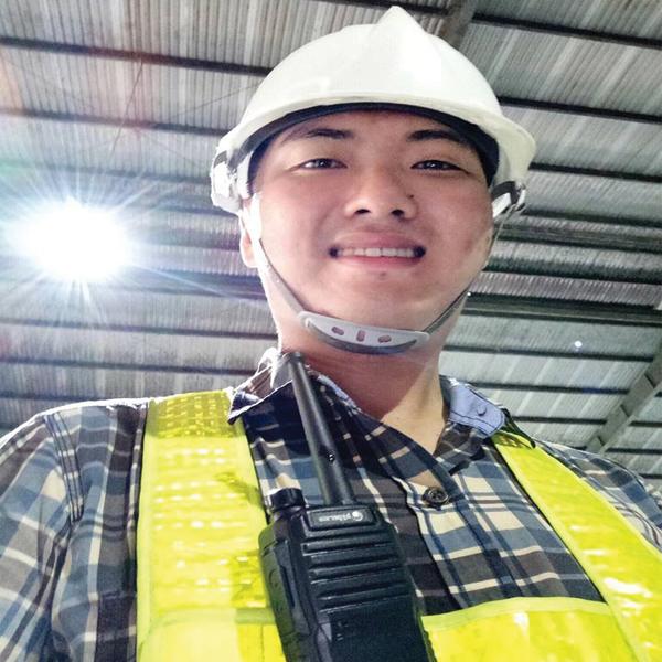 Bộ đàm hypersia ứng dụng thực tế trong điều hành xây dựng và sản xuất