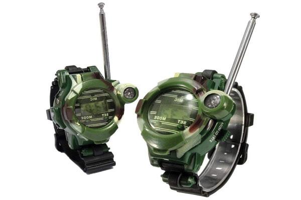 Bộ đàm mini kiểu dáng đồng hồ