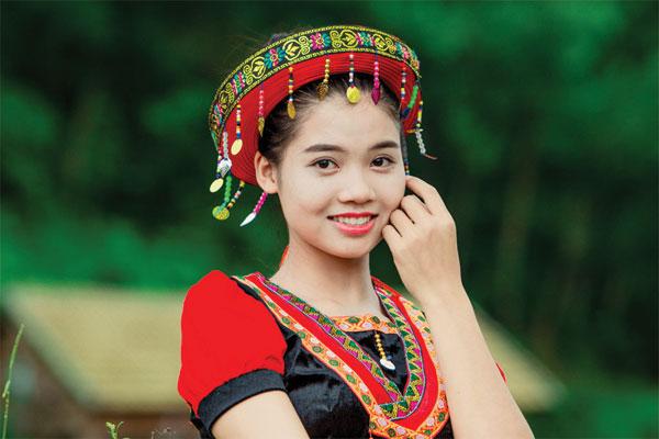 Văn hóa, lịch sử con người tuyên quang